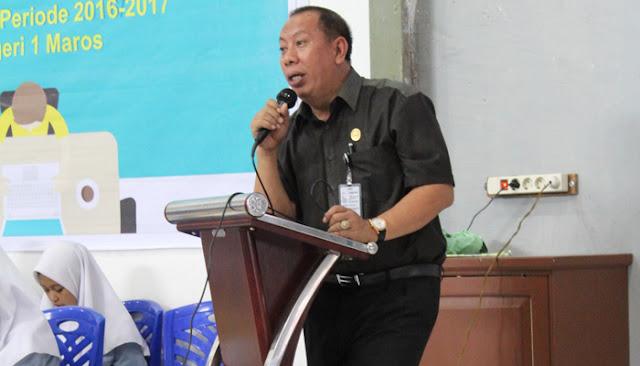 Kepsek SMAN 1 Maros Apresiasi Kinerja Pengurus Osis Periode 2016-2017