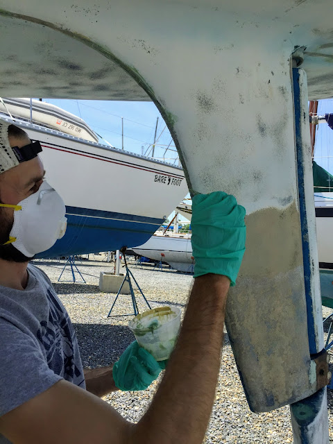3M Marine Filler on hull centerline