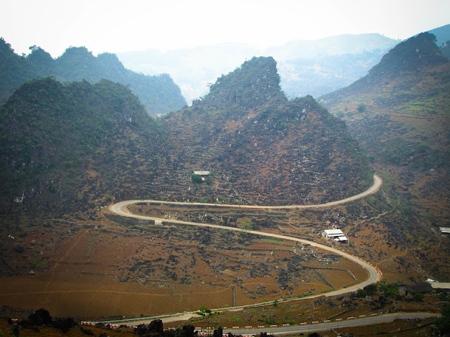 Dong Van Karst Plateau - one of the most special sites of Vietnam 2