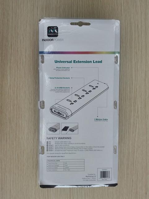 Trên tay ổ cắm MasterPlug E4030U 4 lỗ tích hợp Smart USB tự điều chỉnh dòng điện