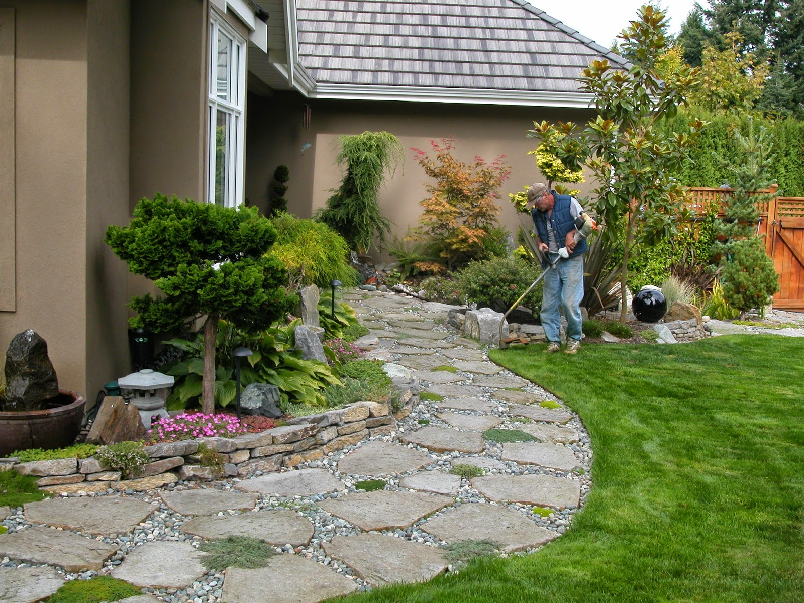 25+ Beautiful Average Cost For Landscaping Inspirations ... on Cost To Landscape Small Backyard id=13918