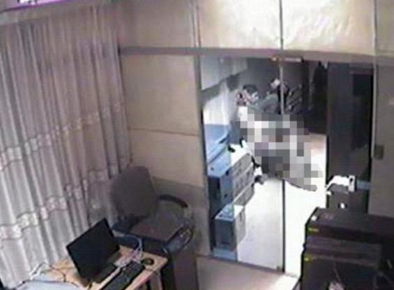Lakukan seks dalam pejabat, kakitangan kerajaan didakwa