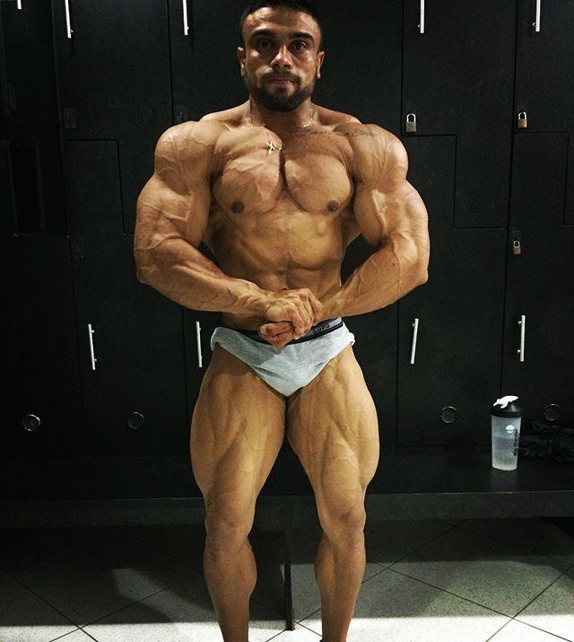 from Junior brazilian gay bodybuilder cops