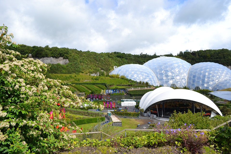 Driving to Cornwall from Newcastle with Kids | Our nine day itinerary for February Half Term - Eden Project