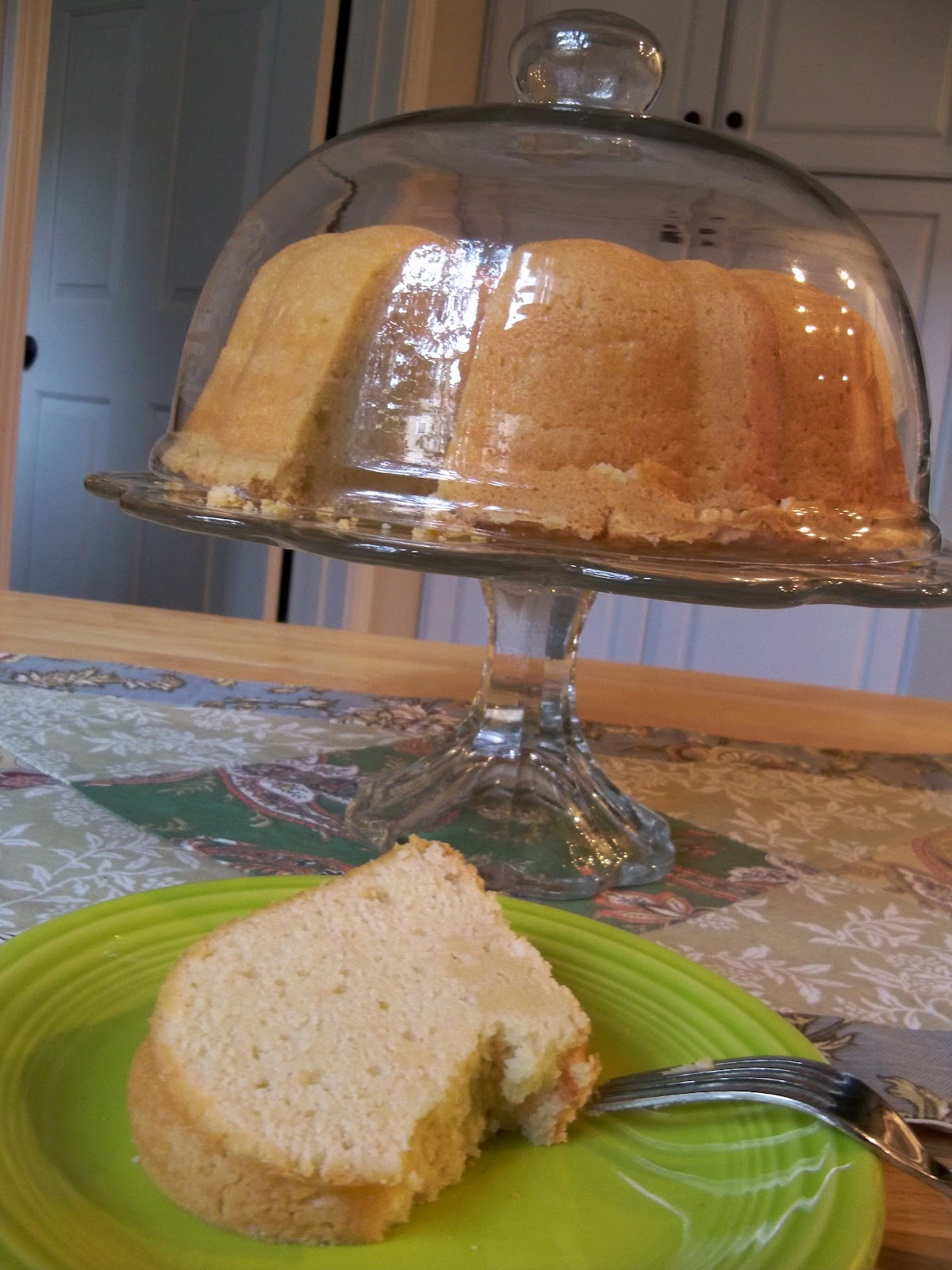 What Causes My Pound Cake To Crack