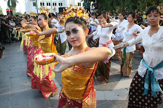 Pendet dance from Bali