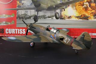 boite airfix  Curtiss P-40B Warhawk d'Airfix au 1/48.