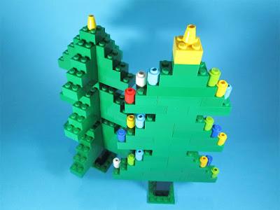 MOC LEGO Árvores de Natal e o lenhador