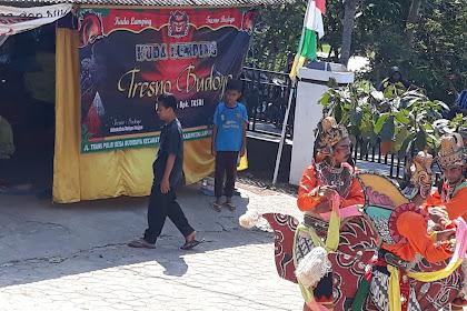 Seni Kuda Lumping Tresno Budoyo Sari Mulyo Pertunjukan Di Balai Desa Budidaya Lampung Selatan