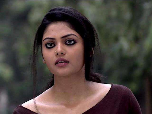 Saayoni Ghosh Hot