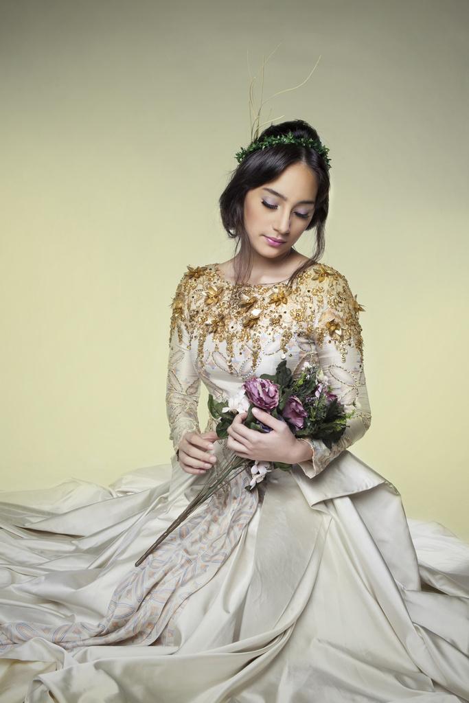 Biodata Lengkap dan Kumpulan Foto Artis dan Model Cantik