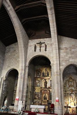 Interior iglesia de San Juan de la Puerta Nueva
