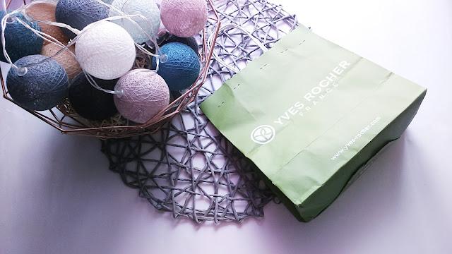 Zawartość paczki do Yves Rocher Girl/ #LuckyYvesRocherGirl
