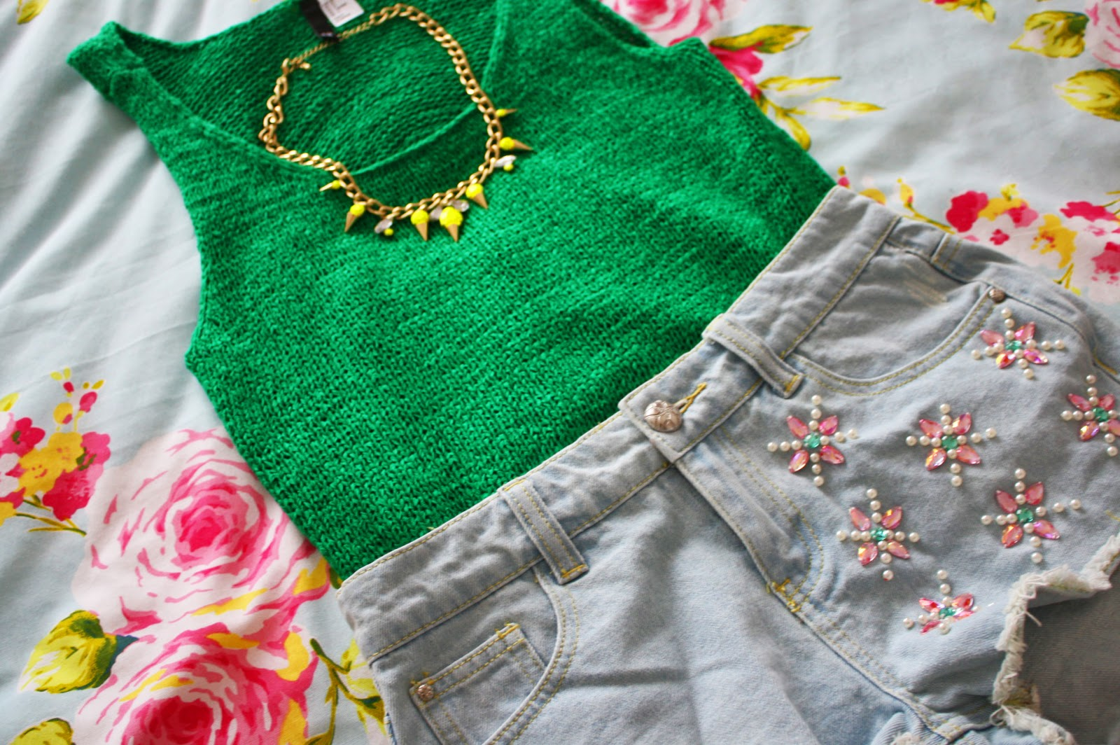 A summer outfit from H&M and Primark