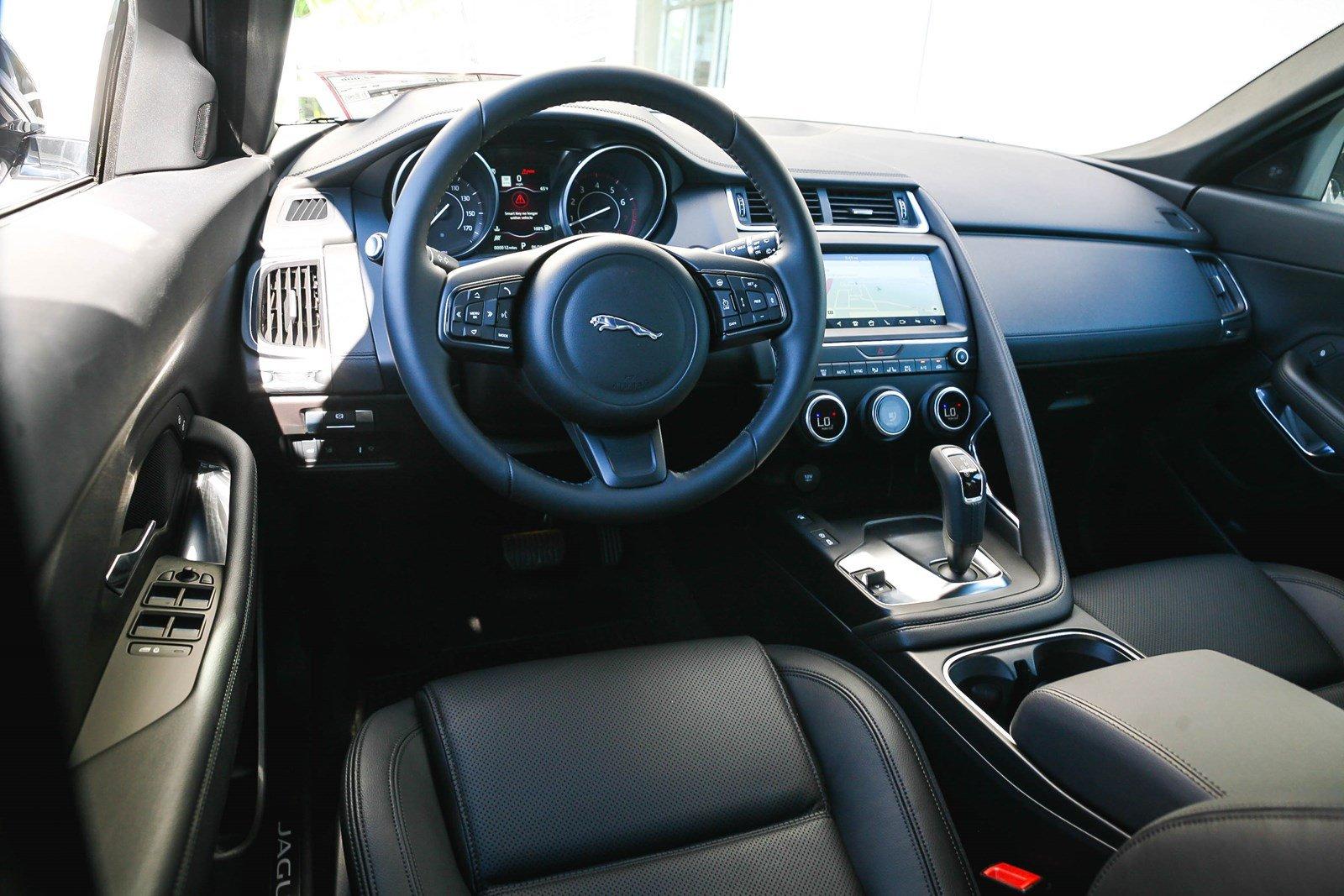 Hình Ảnh Xe Jaguar E-Pace Màu Trắng Đời Mới Nhất Model 2019 - sieuxesaigon.com