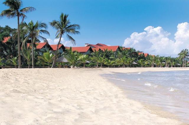 Visit Tuan Chau beach 2