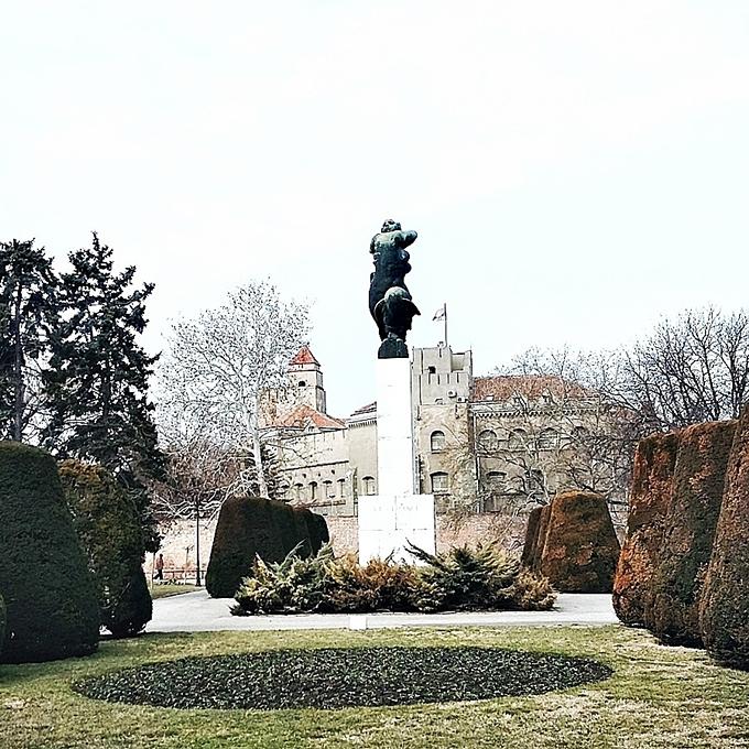 Jelena Zivanovic Instagram.Kalemegdan park.