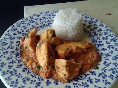 Pollo tikka masala segunda version receta gastronomia india aves america's test kitchen crema de leche tomate troceado