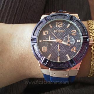Jam tangan wanita jenama guess