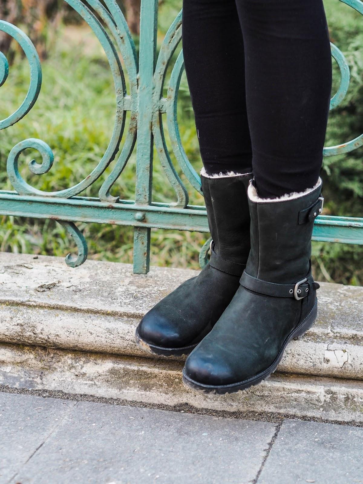 Black Ugg boots