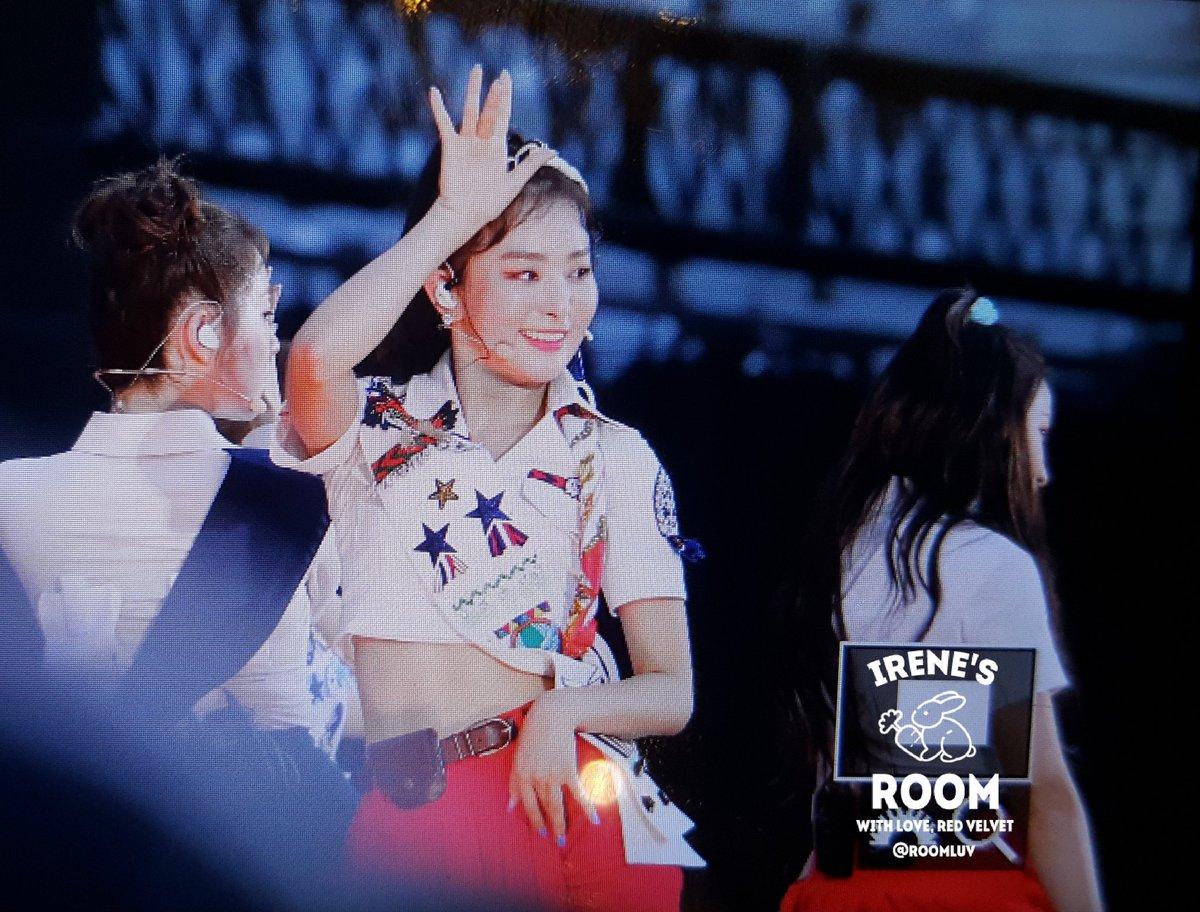 All About GIRLS' K-POPRed Velvet、8月に開催されたa-nationで「Russian Roulette」「#Cookie Jar」をメドレーで披露… 日本のステージで実現した最高のセットリスト
