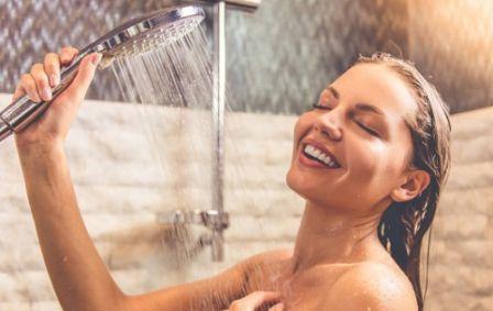 Manfaat Mandi Air Dingin Bagi Tubuh di Pagi Hari
