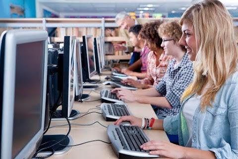 Informatikai program a korai iskolaelhagyás megelőzésére