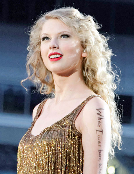 Updates About Taylor Swift Through This Android App.