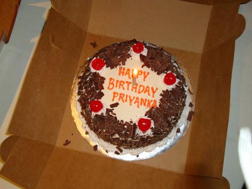 Happy Birthday Priyanka Didi Cake Images Write Name On Pink Floral