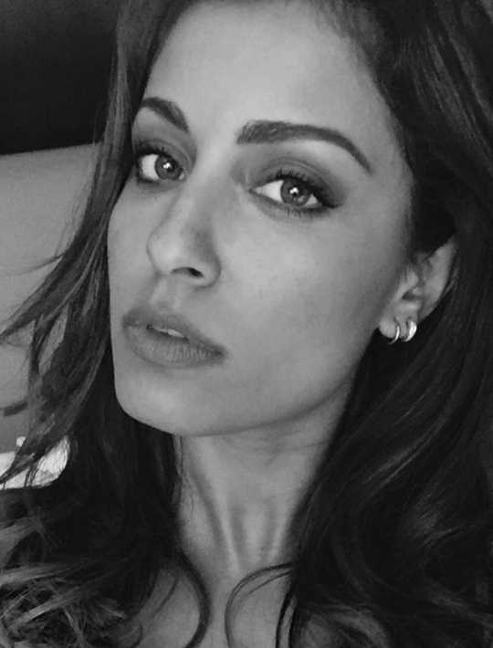 Spanish actress Hiba Abouk HD Photos & Wallpapers