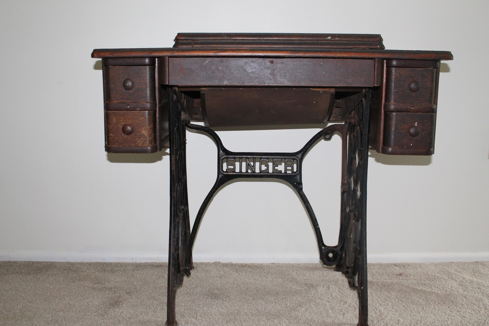 The Feisty Redhead A Vintage Singer Sewing Cabinet