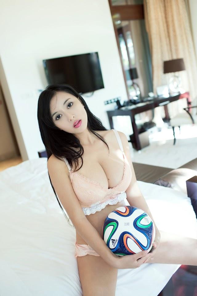 Big Tits Chinese Girls: TuiGirl No.032 Model HUANG KE 黄可 - WEN WEN 吻吻 - YANG YI 杨依 - ZHAO WEI YI 赵惟依