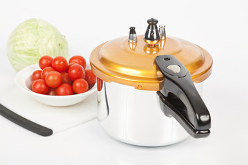 Why Cooking With Pressure Cookers Are Healthy