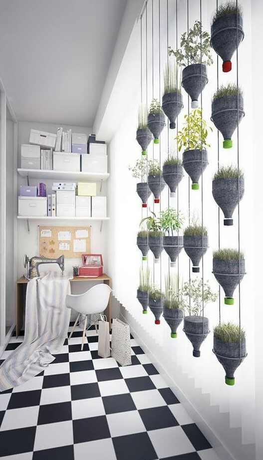 Tempat tanaman hias gantung unik dalam ruangan