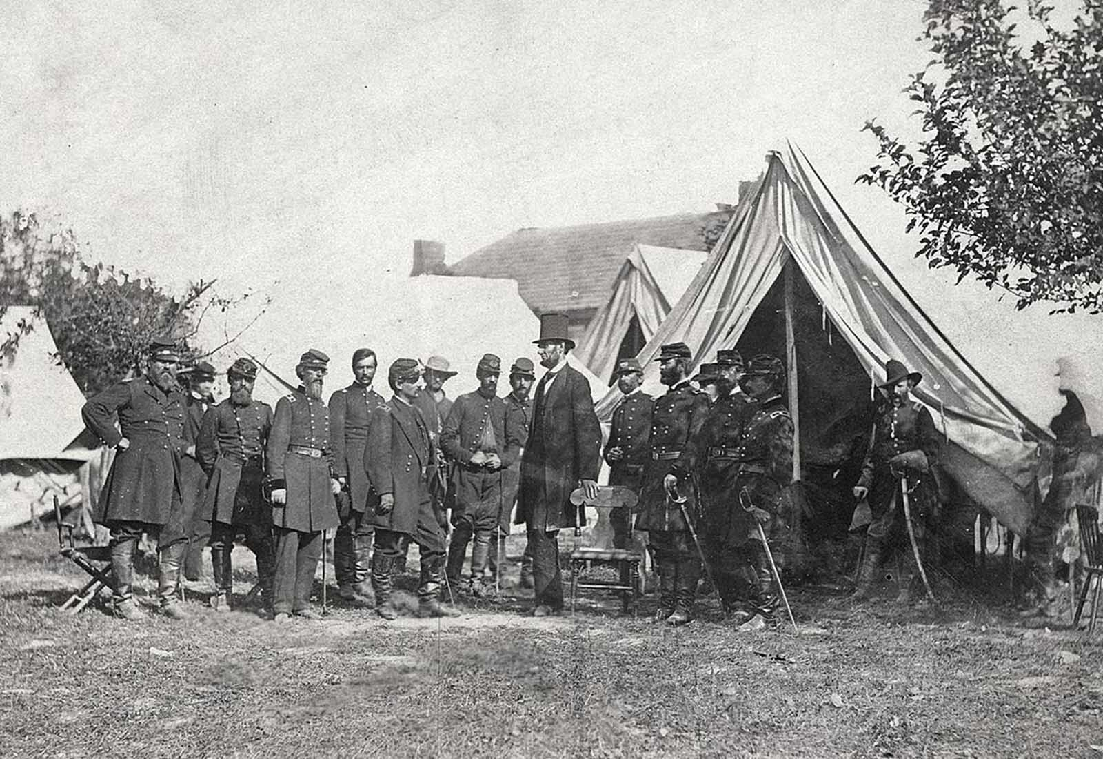 Maryland, Antietam, President Lincoln on the Battlefield Alexander Gardner, October 1862.