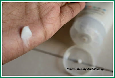 Texture of The Nature's Co Kiwi Hand & Nail Cream