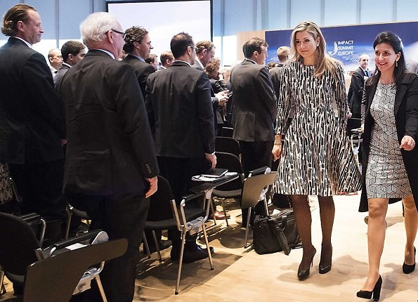 Queen Maxima in a recycled Natan print dress and wore Natan cape, wore Christian Louboutin Pumps, royal style, newmyroyals