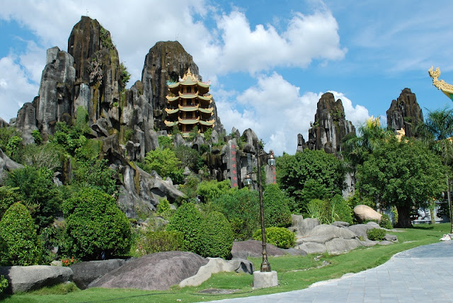 Da Nang Marble Mountains 1