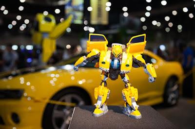Hasbro lanza la línea de figuras coleccionables Transformers Studio Series.