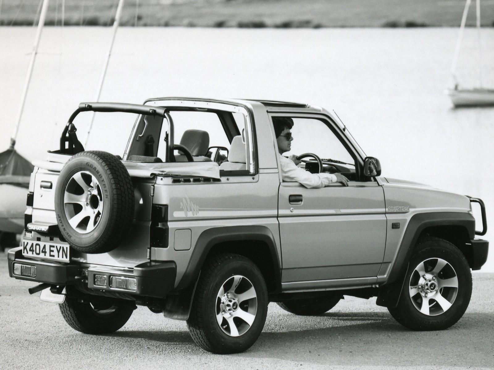 Car Pictures: Daihatsu Sportrak 1997