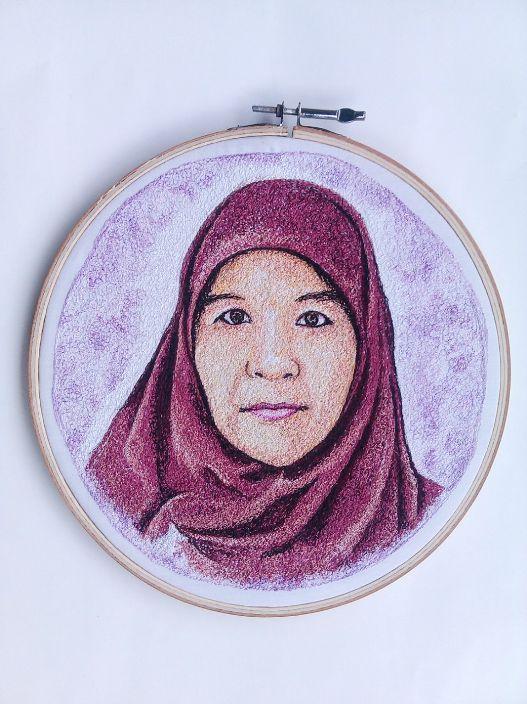 Lukisan Bordir Wajah Ibunda-nya Nada