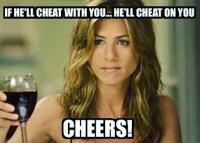 10 Meme Lucu Perceraian Angelina Jolie dan Brad Pitt, Ciee Ada yang Seneng Nih!