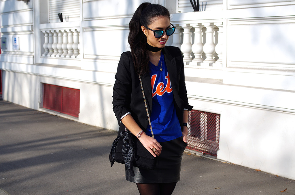 Elizabeth l NYC vibes outfit l Mets leather skirt Zara Chanel Asos velvet chocker Quay sunglasses l THEDEETSONE l http://thedeetsone.blogspot.fr