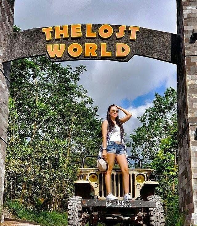 Wisata Hits Jogja, The Lost World Castle