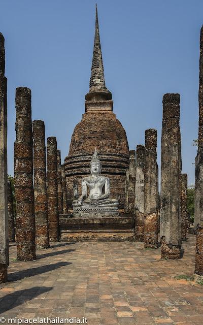 Wat Sa Si, Sukhothai, viharn
