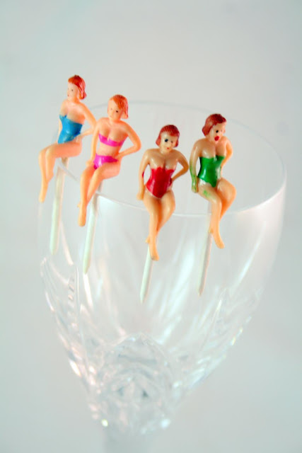 plastic wine toppers