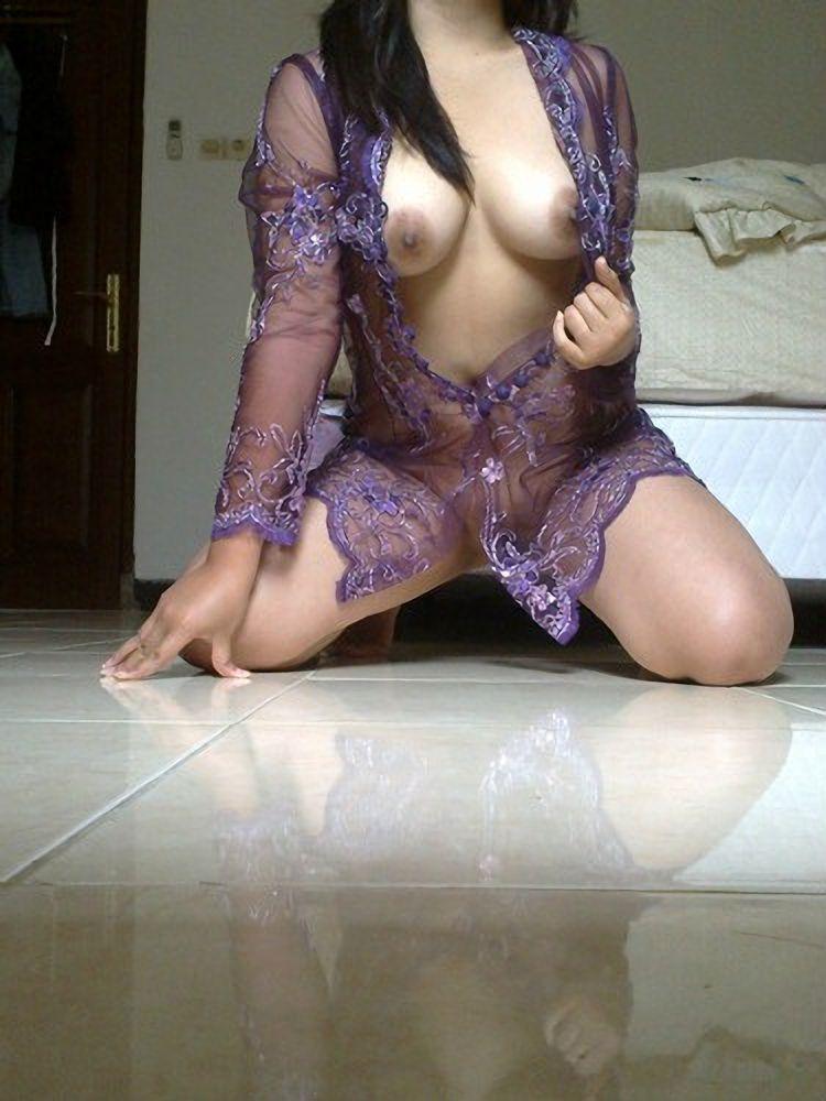 Kebaya busty nude — img 3