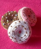 http://www.ravelry.com/patterns/library/mini-donut---crochet