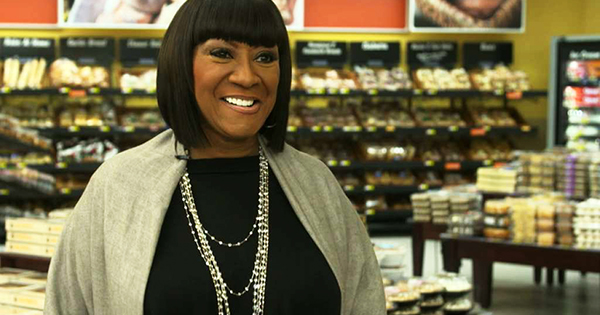 Patti Labelle's new cobblers and cake