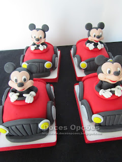 mini bolos carro mickey